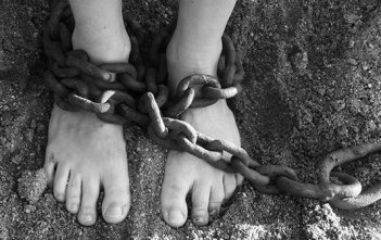 Chains-feet-slavery