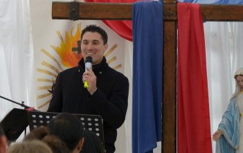 Fr Daniel McCaughan speaking at Immaculata Mission School 2016 01