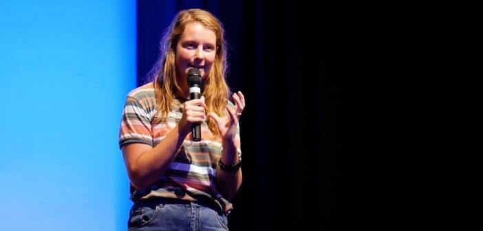 Ellen Hales at Ignite Live