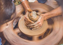 The Love of Jesus in Earthenware Jars